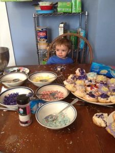 Decorating Easter Cookies: 2014